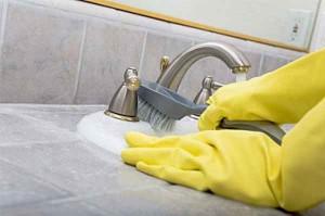 شیوه های تمیز کردن و سرویس های بهداشتی و شیرآلات