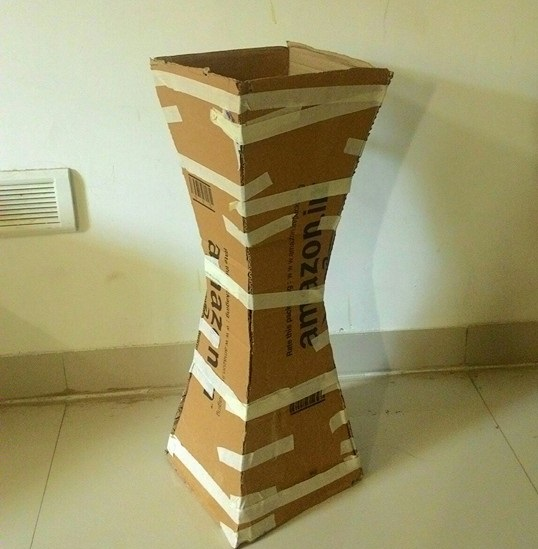 How-To-Make-Vase-From-Cardboard-4