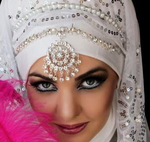 مدل های آرایش عروس با حجاب سال 95