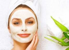 پاک کردن صورت با ماسک آب پنیر