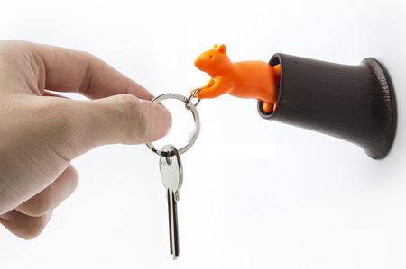 key-holder1-e12
