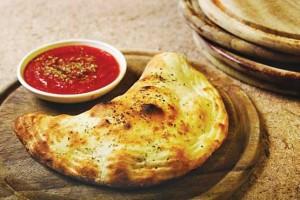 شیوه پخت نان شکم پر با خمیر ویژه