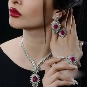 زیباترین سرویس جواهرات با برند Al Sharq Diamonds