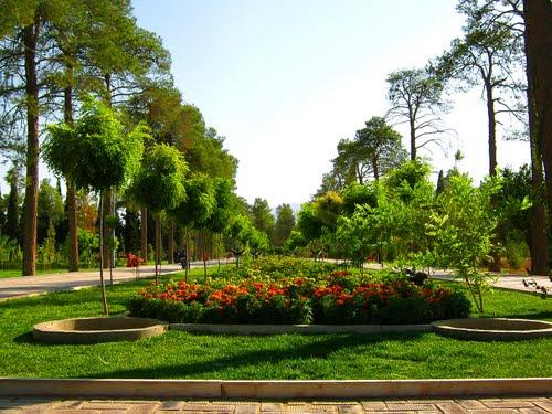 -های-گردشگری-شیراز-1367184521