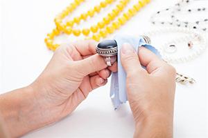 راهکارهایی برای نگهداری و تمیز کردن جواهرات