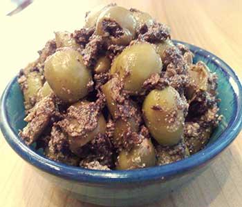 روش درست کردن ترشی زیتون با انار