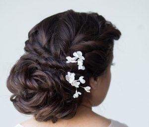 عکس های آرایش موی عروس با گیره مو