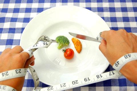 برای کاهش وزن کدام غذاها کم کالری هستند